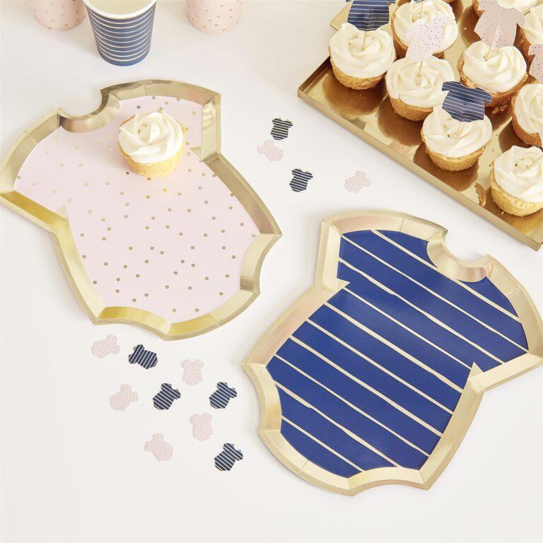 Χάρτινα Πιάτα Φορμάκια Ροζ Πουά & Μπλε Ριγέ  27×24εκ – 8 Τεμάχια