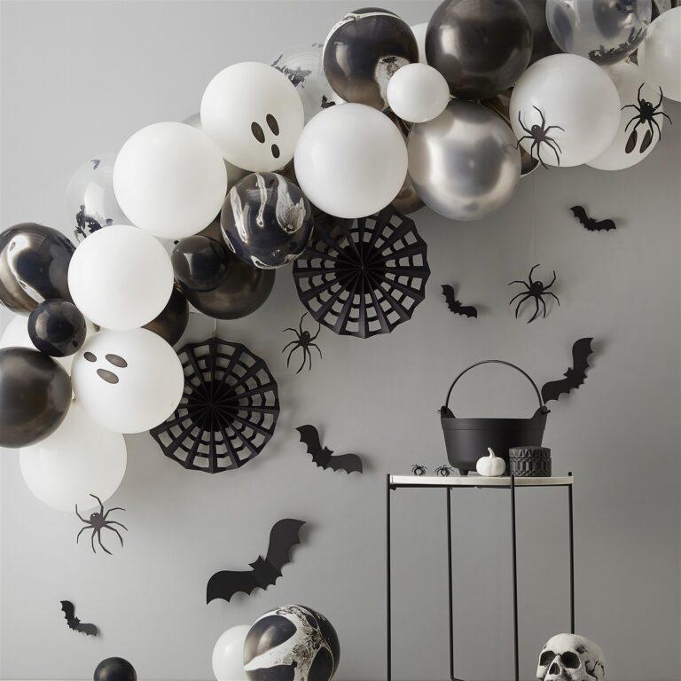 Σύνθεση από Μπαλόνια Halloween με Αράχνες & Ροζέτες Ιστούς