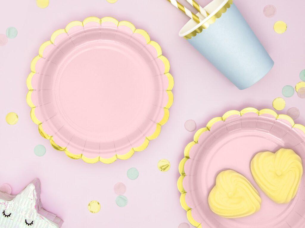 Χάρτινα Πιάτα Ροζ με Χρυσό 18εκ – 6 Τεμάχια