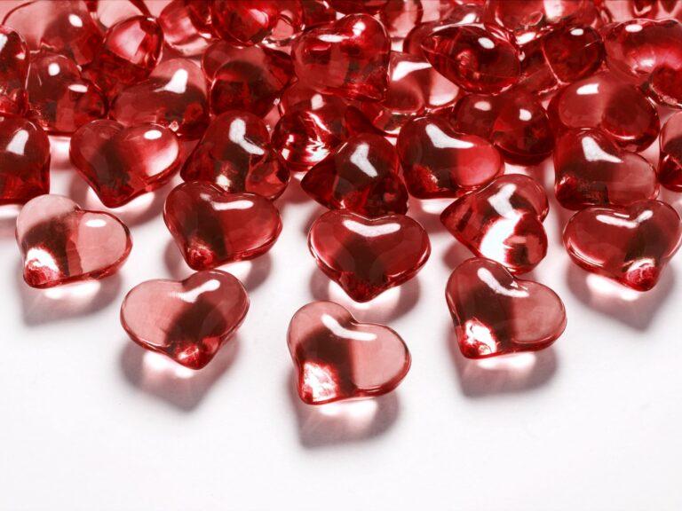 Κρυσταλλάκια σε Σχήμα Καρδιάς Κόκκινα 21χλστ – 30 Τεμάχια