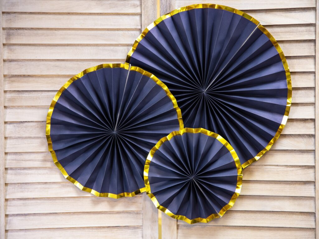 Χάρτινες Βεντάλιες Μπλε με Χρυσό – 3 Τεμάχια