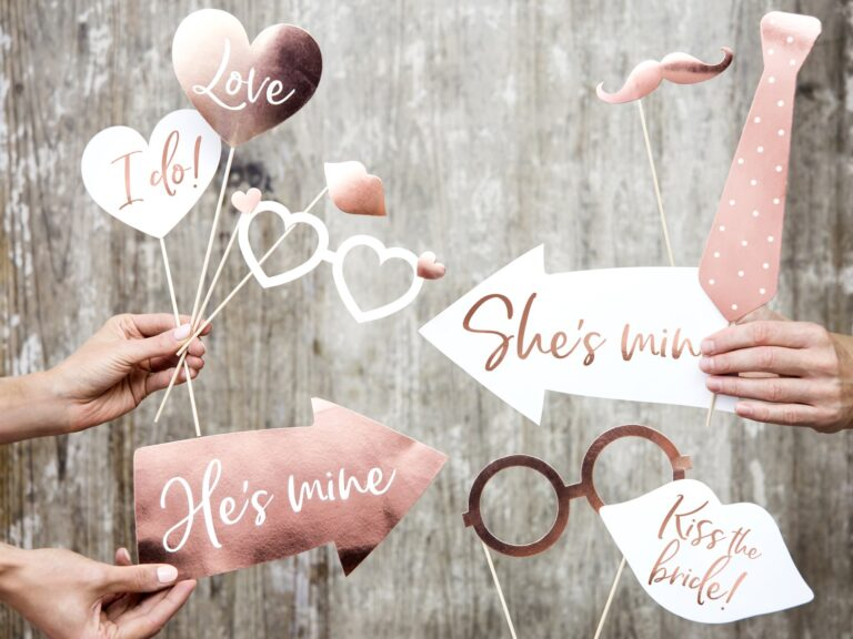Photo Booth Props Rose Gold Wedding – 12 Τεμάχια
