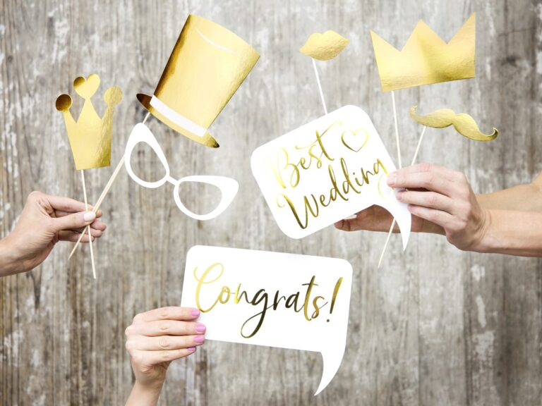 Photo Booth Props Gold Wedding – 10 Τεμάχια
