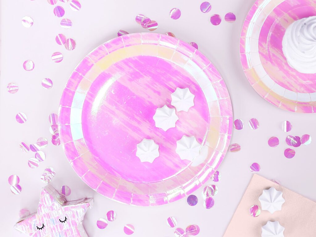 Χάρτινα Πιάτα Ιριδίζοντα Ροζ 23εκ – 6 Τεμάχια