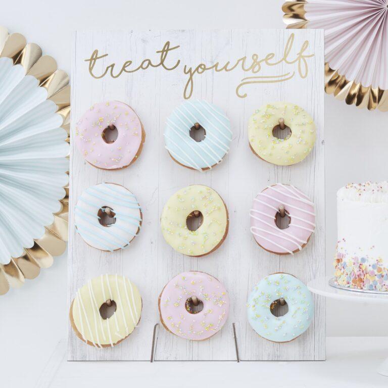 Χάρτινο Λευκό Donut Wall Treat Yourself