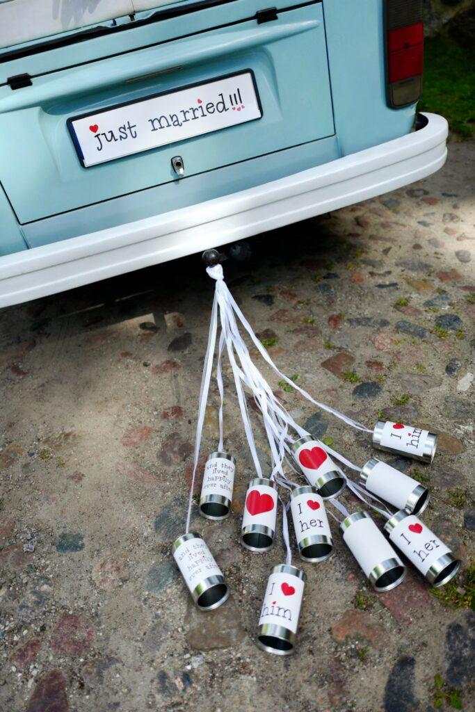 Γαμήλια Τενεκεδάκια Αυτοκινήτου – 5 Τεμάχια
