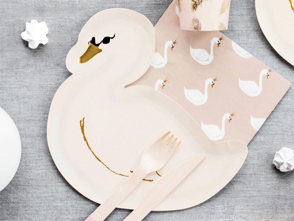 Χάρτινα Πιάτα Κύκνος – 6 Τεμάχια