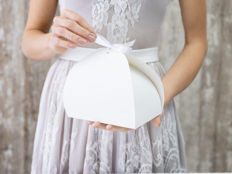 Χάρτινα Κουτιά Κερασμάτων Λευκά 16,5x14x9,5εκ – 10 Τεμάχια