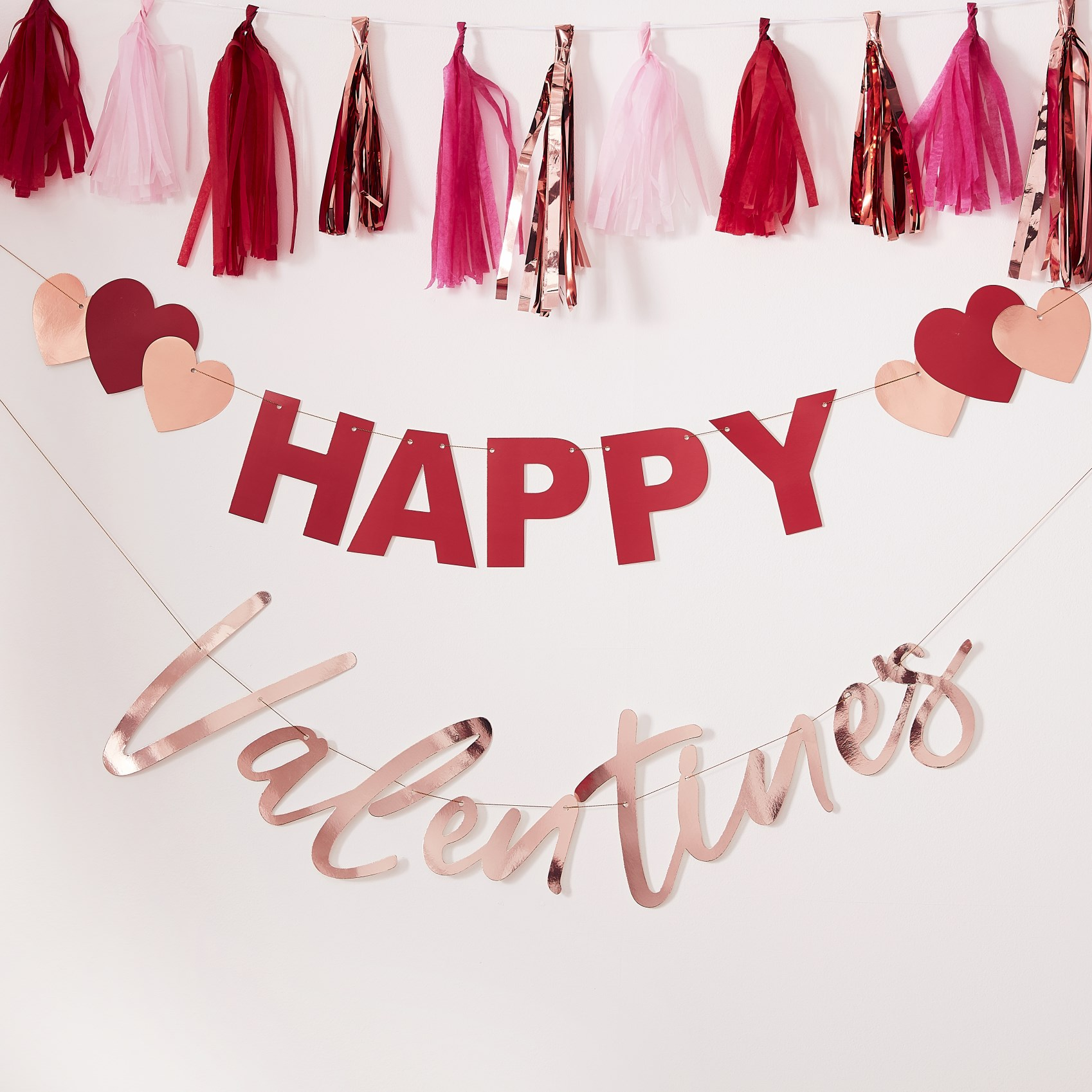 Χάρτινη Γιρλάντα Happy Valentines με Καρδούλες