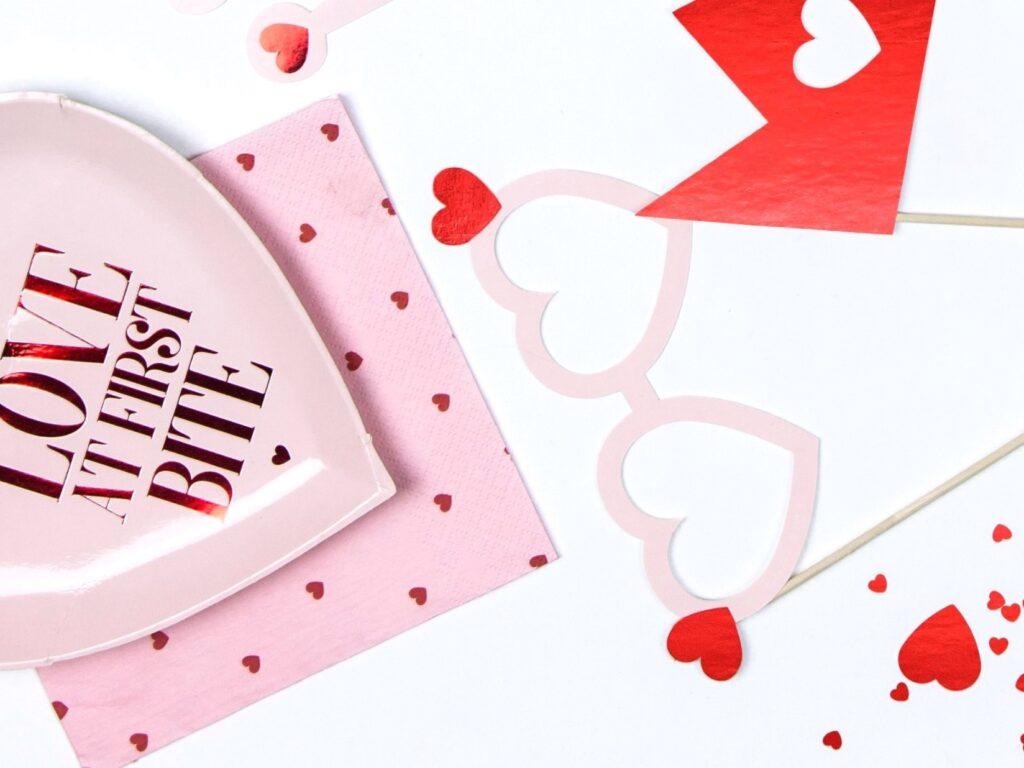 Χαρτοπετσέτες Ροζ Hearts 33×33εκ – 20 Τεμάχια