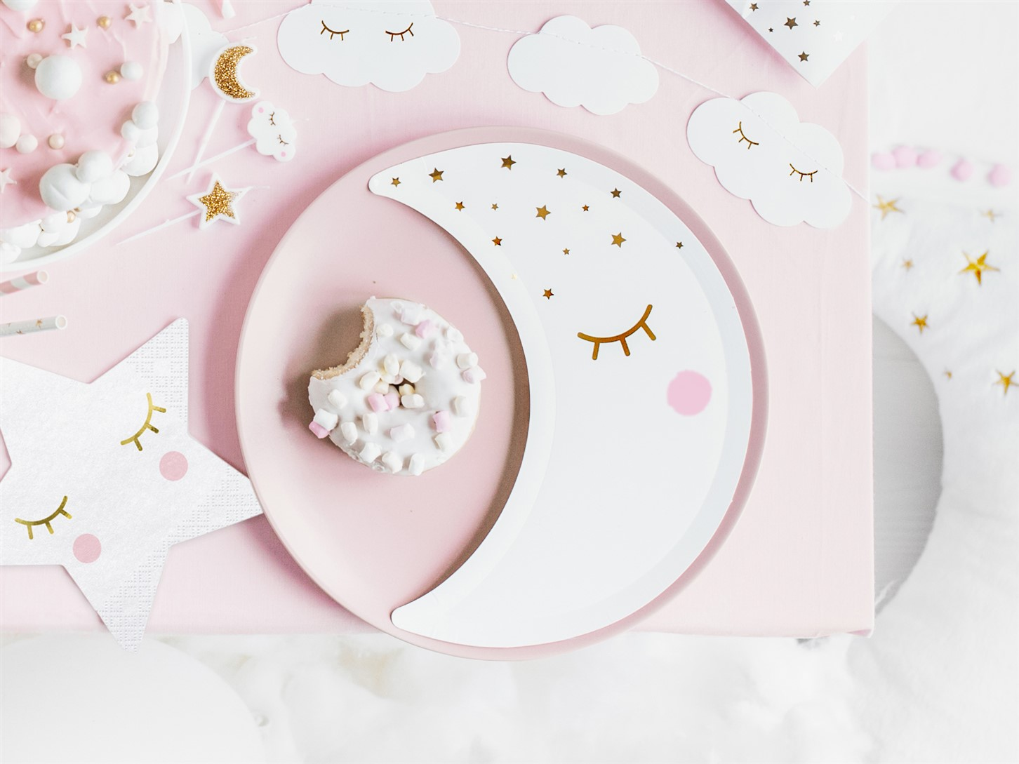 Χάρτινα Πιάτα Φεγγαράκι 10,5×24εκ – 6 Τεμάχια
