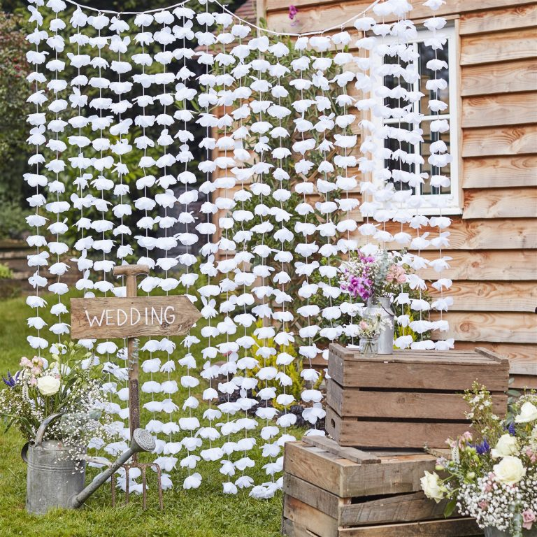 Διακοσμητική Κουρτίνα με Λευκά Λουλούδια 200×180εκ